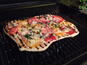 Tomato Cheddar Pizza